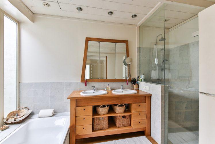 Badkamer renoveren? Zo bespaar je veel geld